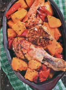 Куриные ножки, запеченные с тыквой и сладким перцем
